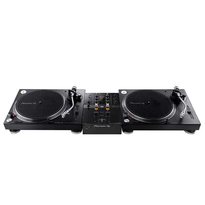 Set-up example. Turntables not included. - Pioneer DJM250 MK2 Mixer
